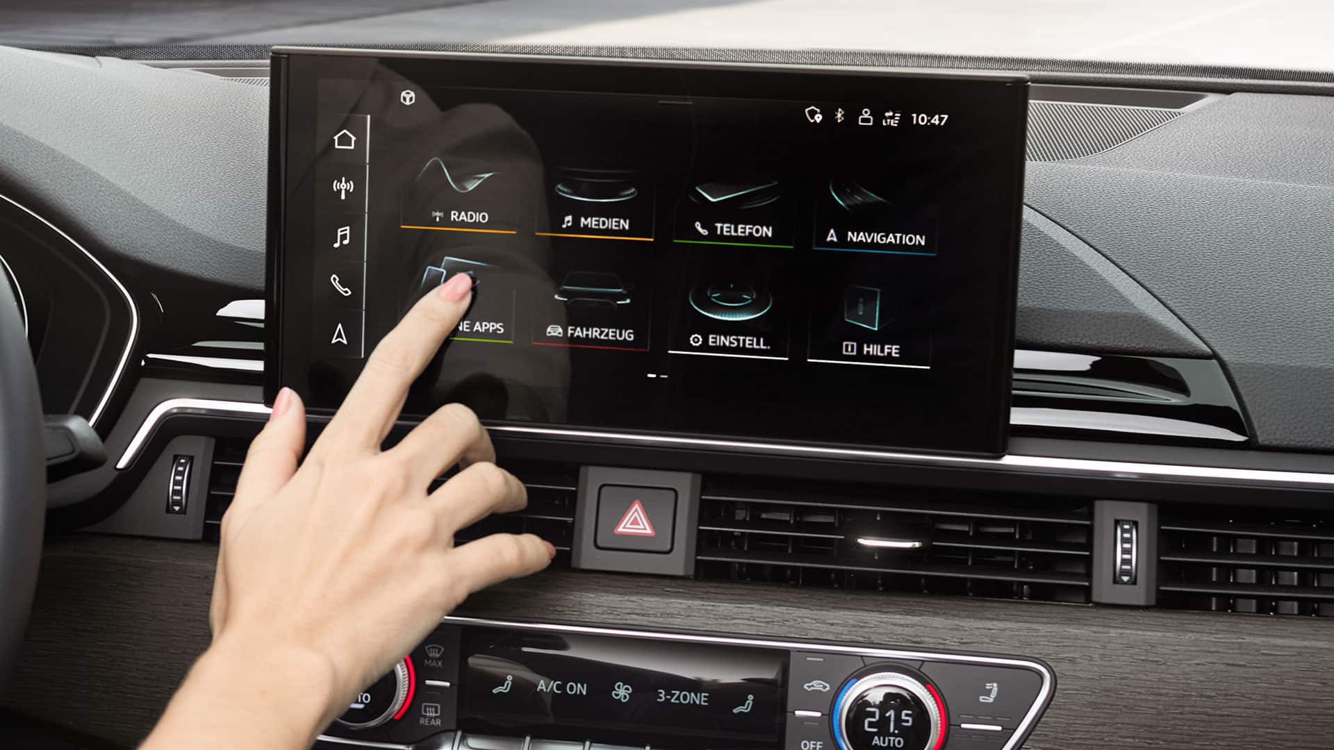 MMI touch-Display im Audi A5 Cabriolet