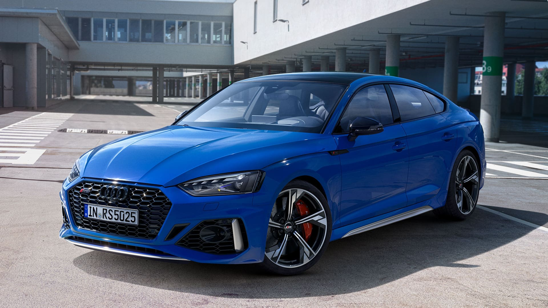 Frontseitenansicht Audi RS 5 Sportback 25 years